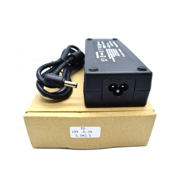 Kućni punjač za prijenosno računalo 5.5*2.5 (ZA TOSHIBU 19V/6.3A/120W )