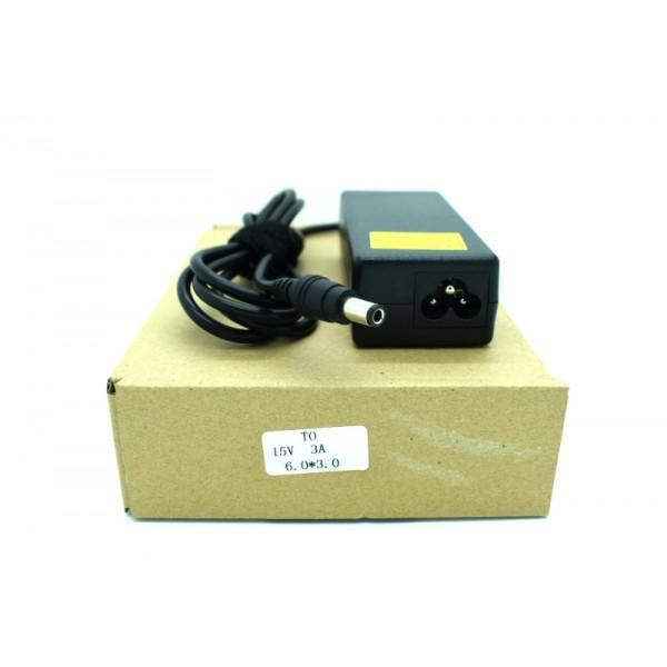 Kućni punjač za prijenosno računalo 6.0*3.0 (ZA TOSHIBU 15V/3A/45W )